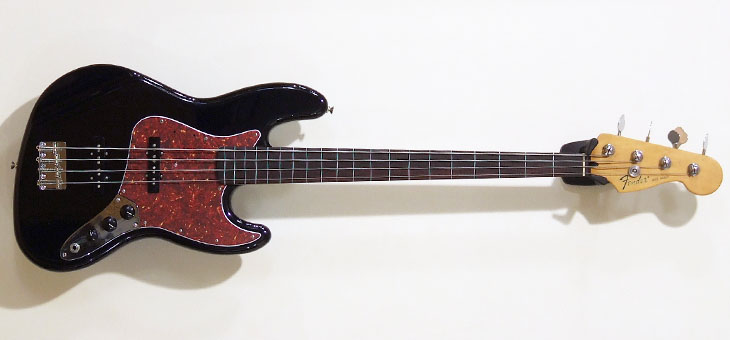Fender - Standard fretless Jazz used
