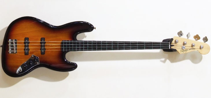 Fender - Squier VM Fretless Jazz used