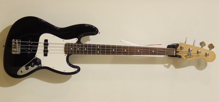 Fender - Standard Jazz Bass